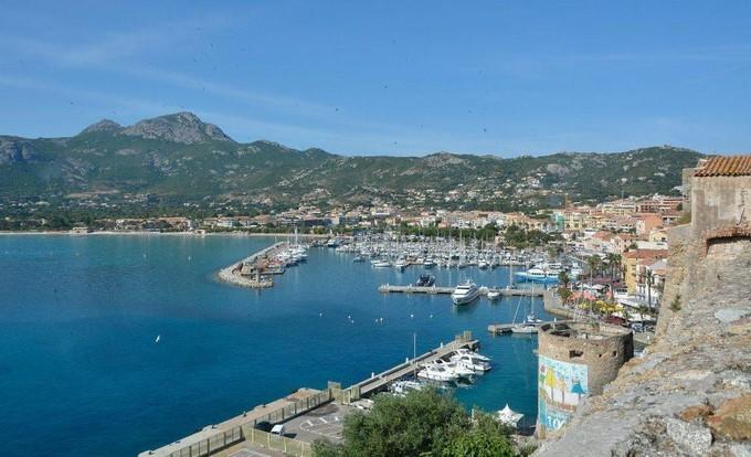 La côte nord ouest de la Corse