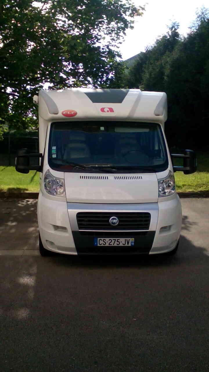 camping-car ADRIA CORAL 660 SL  extérieur / arrière