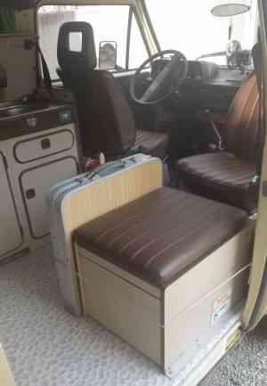 camping-car VOLKSWAGEN T3  intérieur / salle de bain  et wc