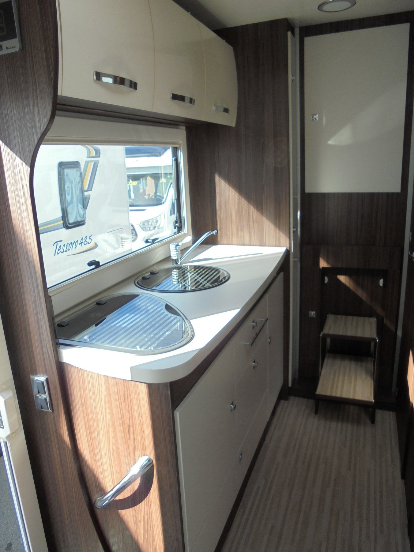 camping-car BENIMAR TESSORO 486  extérieur / arrière