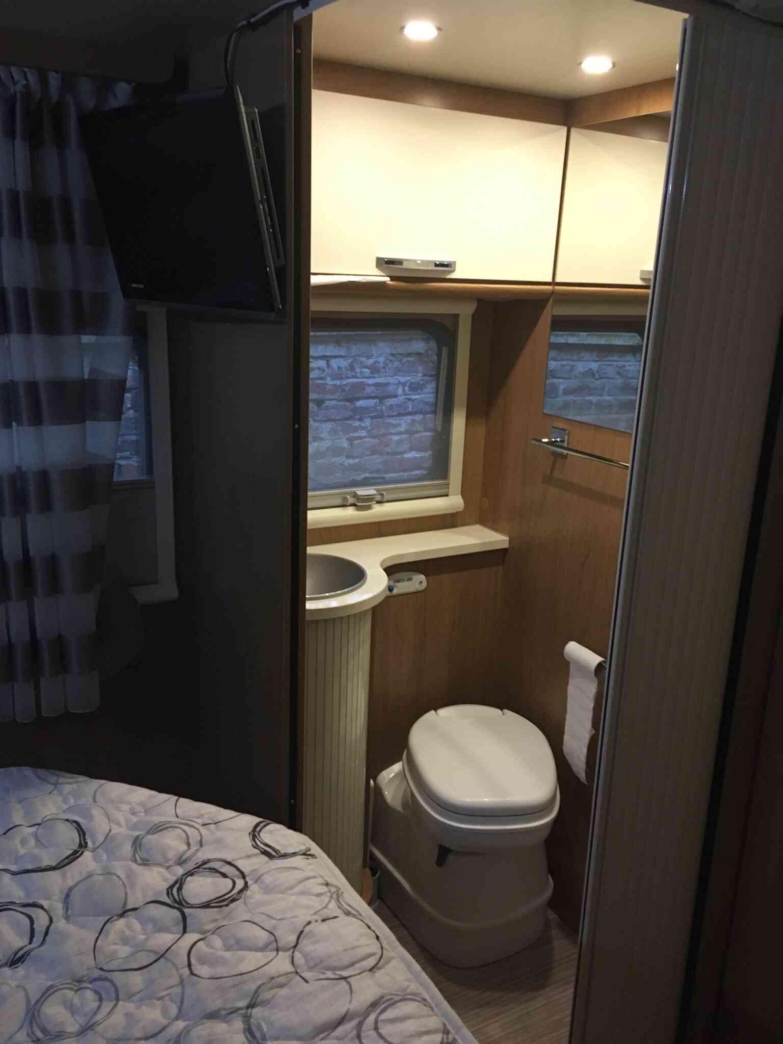 camping-car RIMOR SEAL 69 P  intérieur / autre couchage