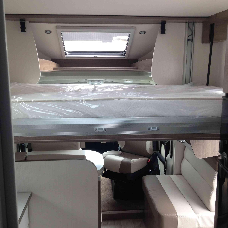 camping-car  BAVARIA T 746 C Style  intérieur / autre couchage