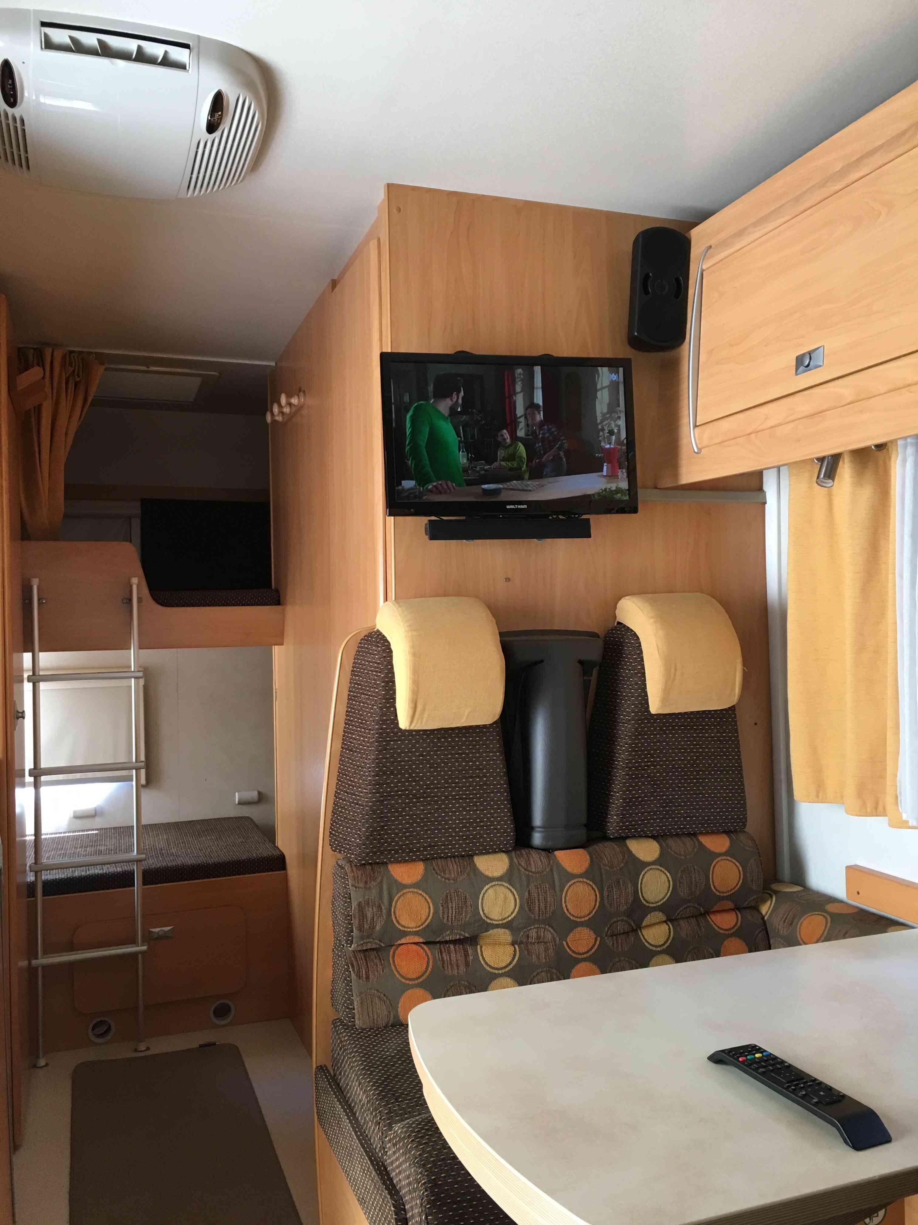 camping-car CHALLENGER GENESIS 43  intérieur / autre couchage
