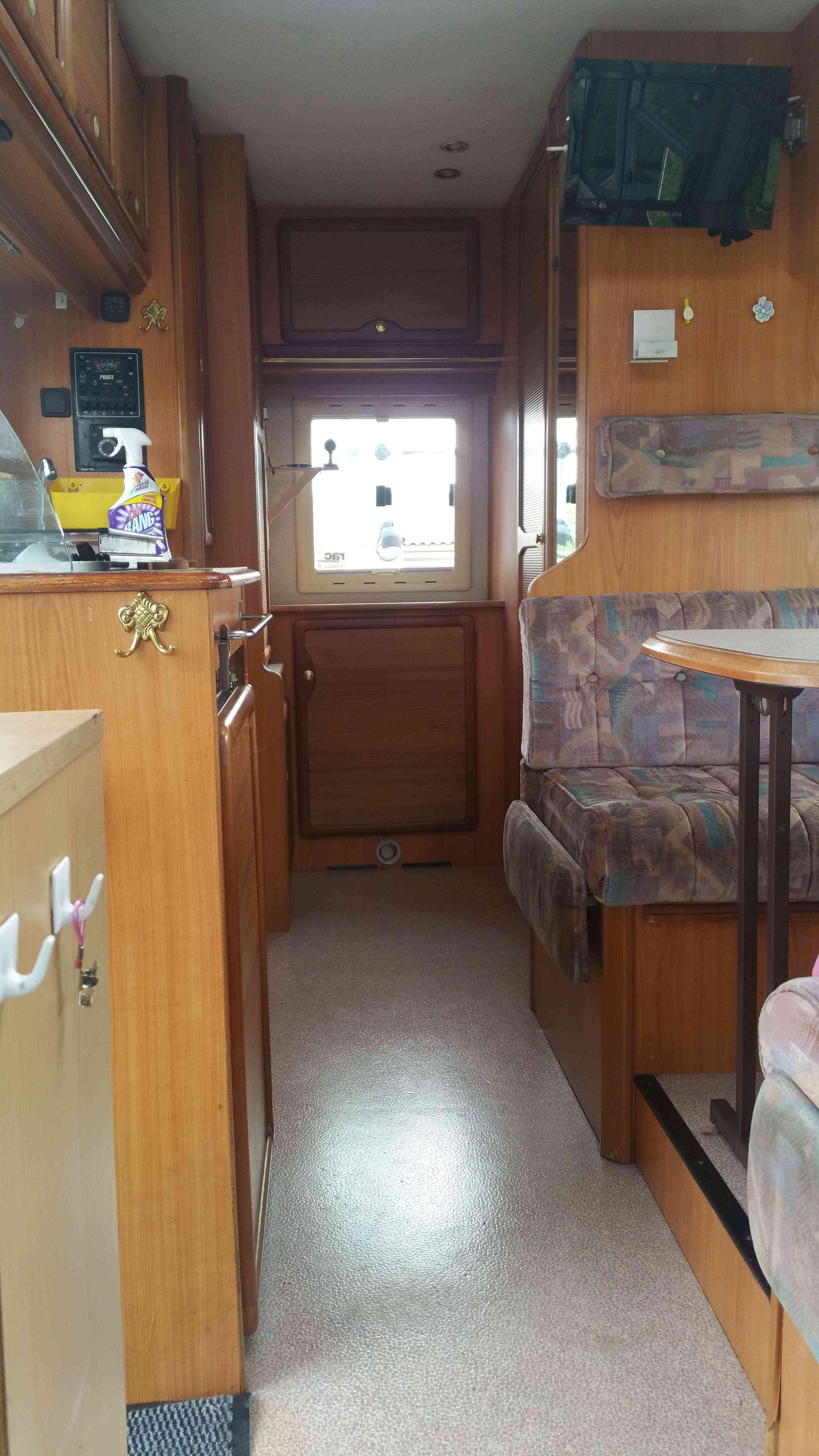 camping-car PILOTE GALAXY  intérieur / autre couchage