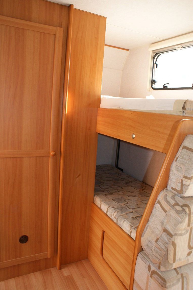 camping-car ELNAGH CLIPPER 20  intérieur / autre couchage