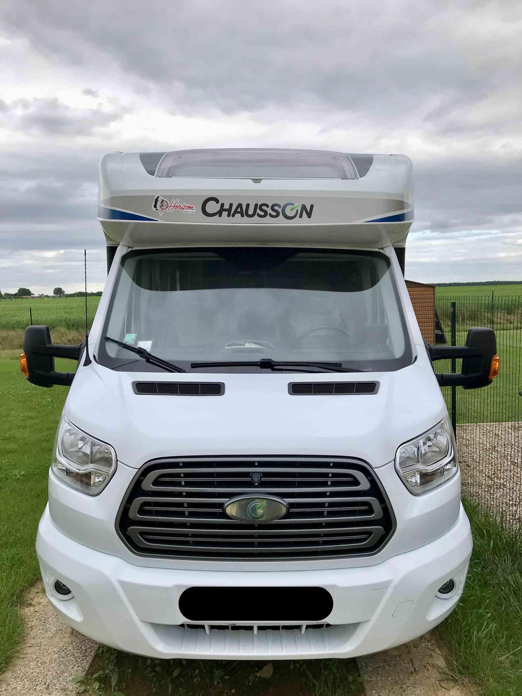 camping-car CHAUSSON FLASH 616  extérieur / latéral gauche