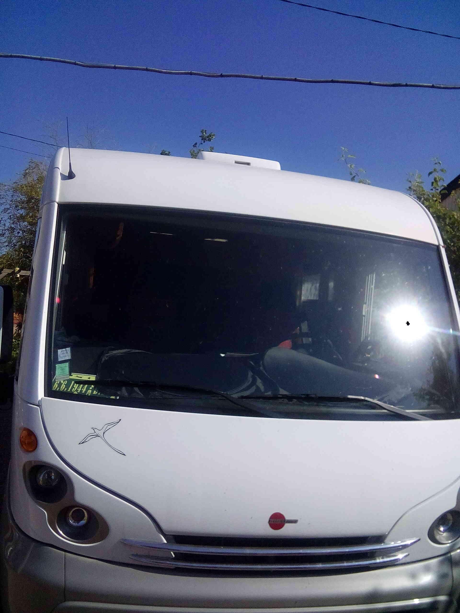camping-car BURSTNER ELEGANCE I 685  extérieur / latéral gauche