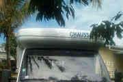 camping-car CHAUSSON  extérieur / latéral gauche