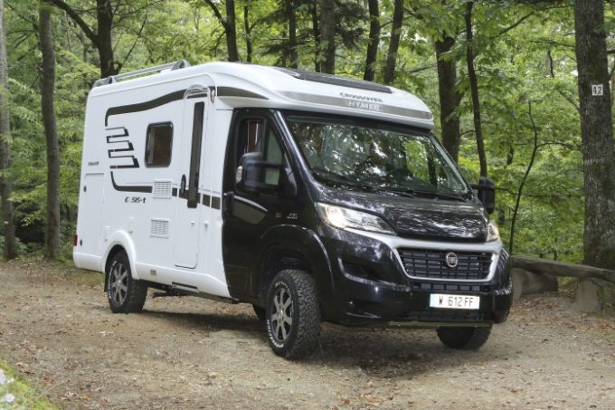 camping-car HYMER T 414 CROSSOVER  extérieur / latéral gauche