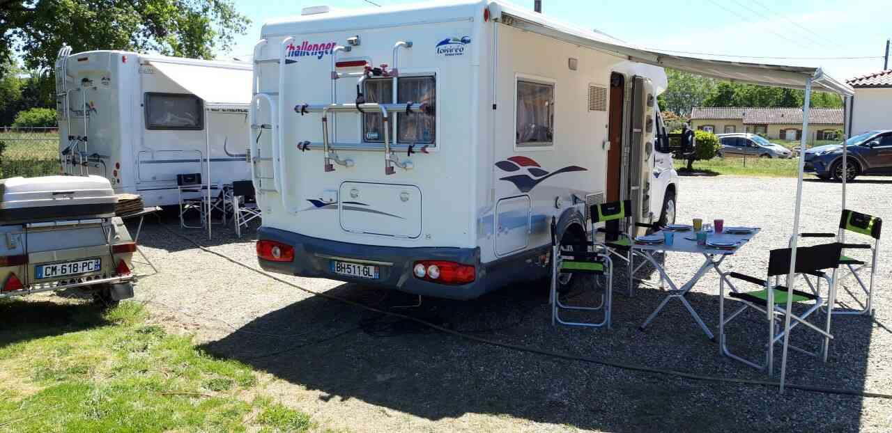 camping-car CHALLENGER MAGEO 107  extérieur / latéral droit