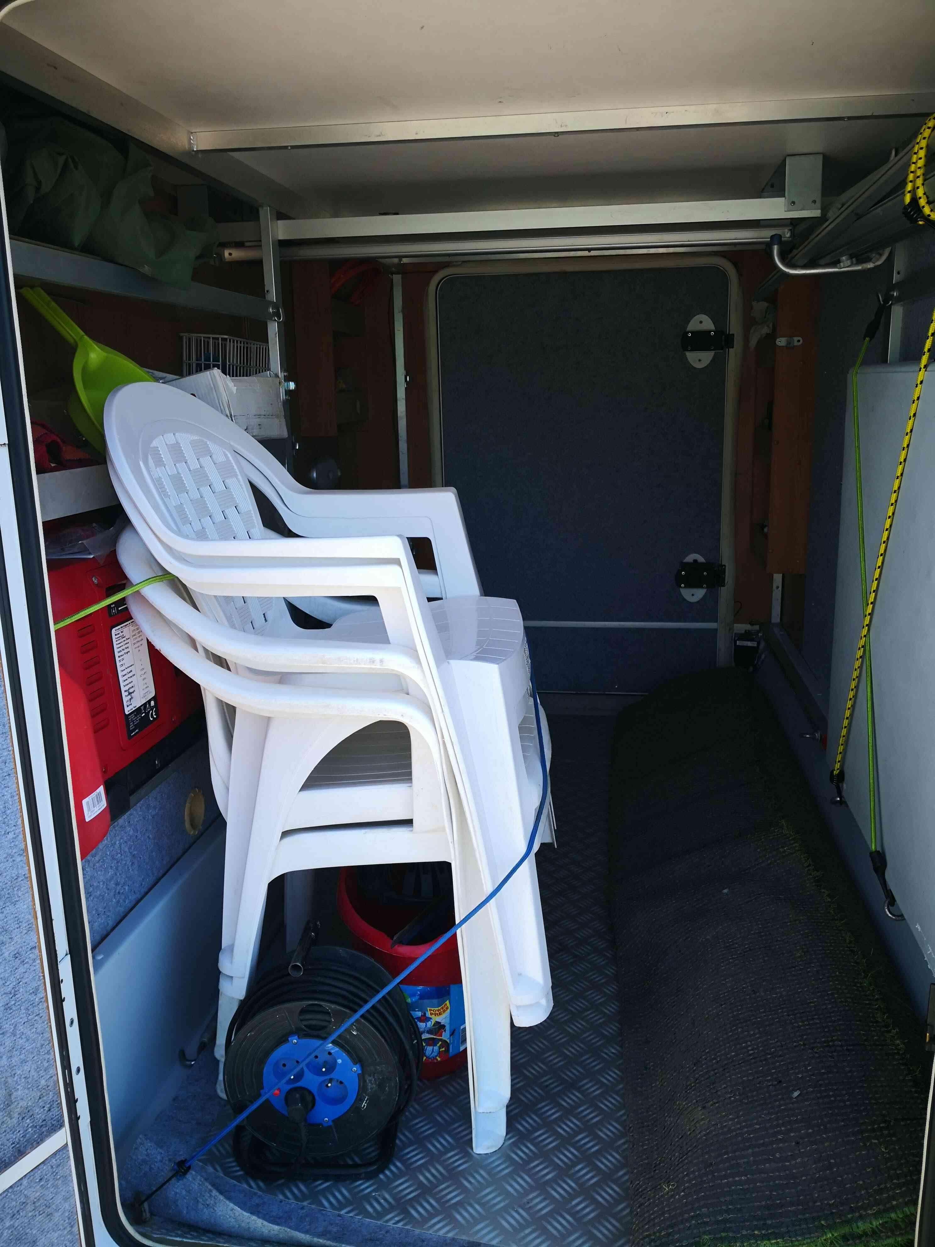 camping-car RIMOR SUPERBRIG 677  extérieur / arrière