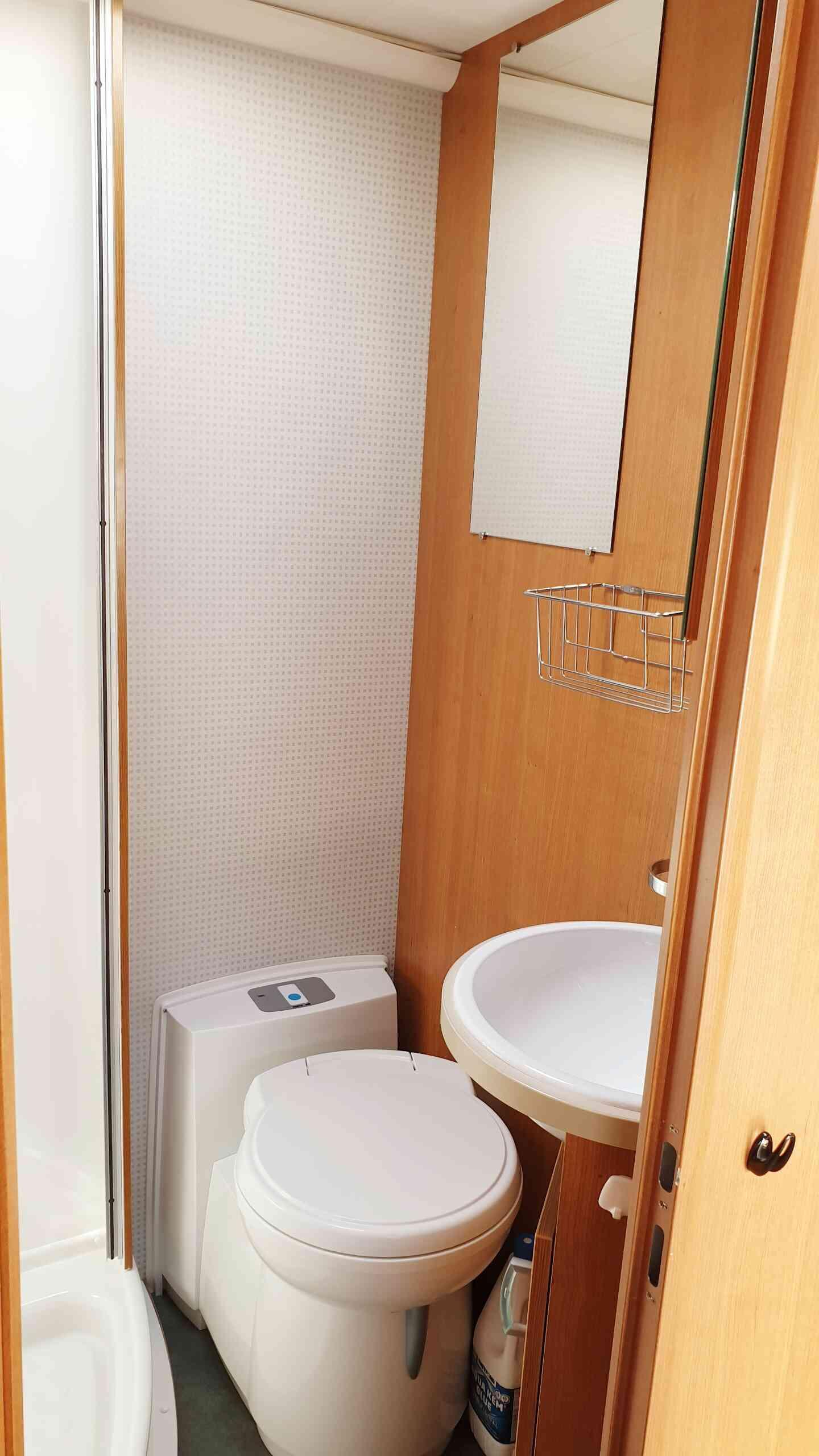 camping-car MOOVEO  P6  intérieur / autre couchage