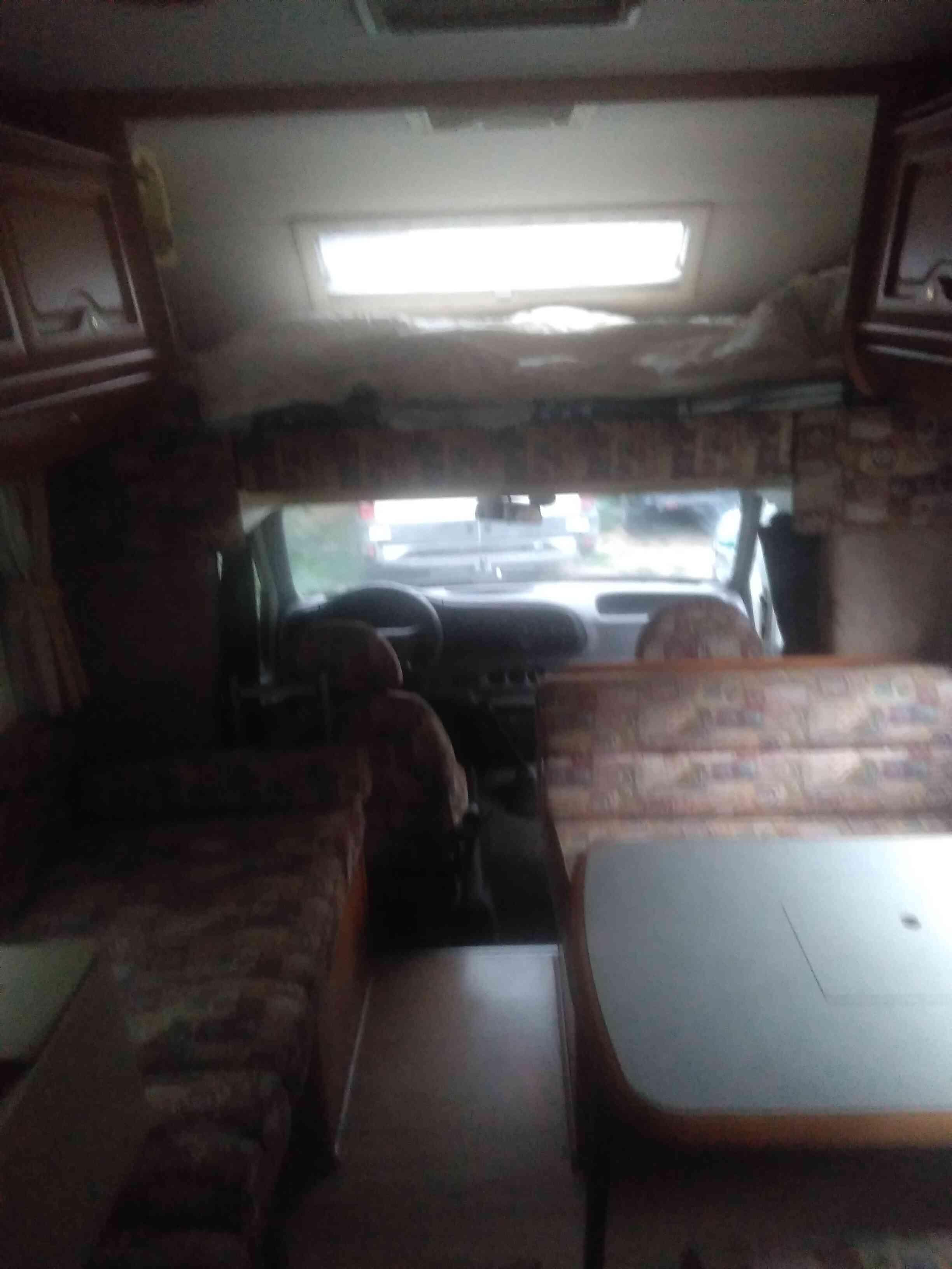 camping-car ELNAGH KING 670  intérieur / autre couchage