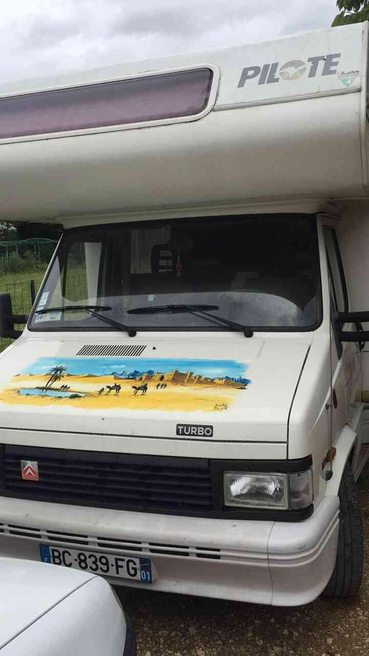 camping-car PILOTE R 550  extérieur / latéral gauche