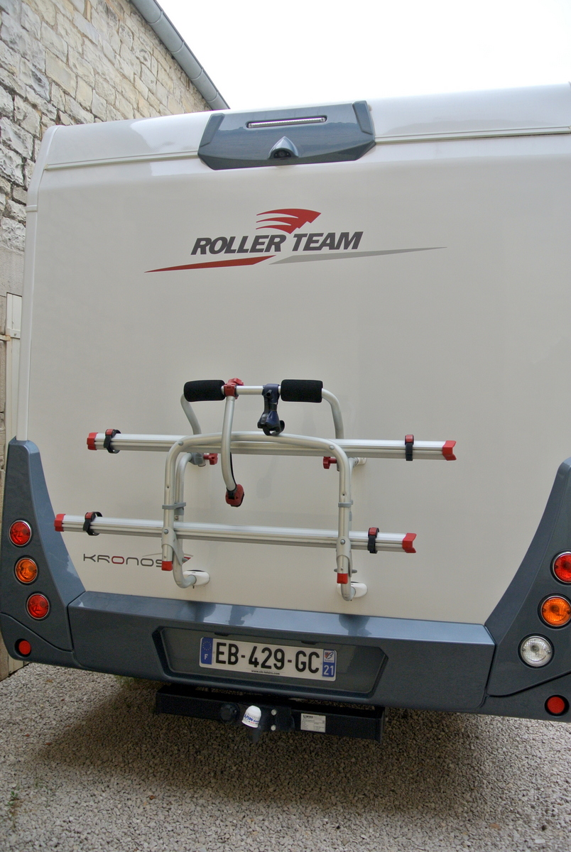 camping-car ROLLER TEAM KRONOS 265 TL  intérieur / coin salon