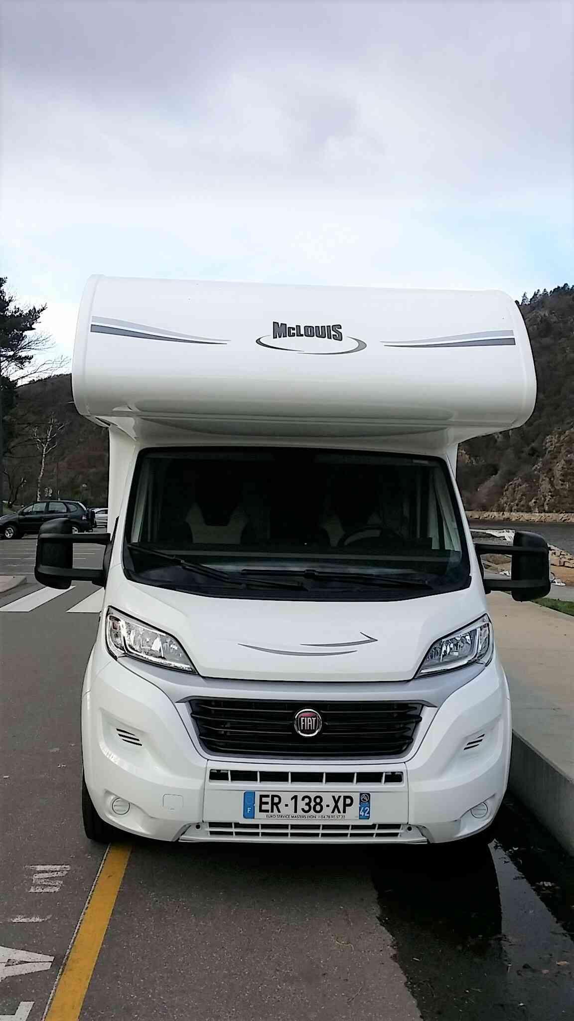 camping-car MC LOUIS GLAMYS 22  extérieur / arrière