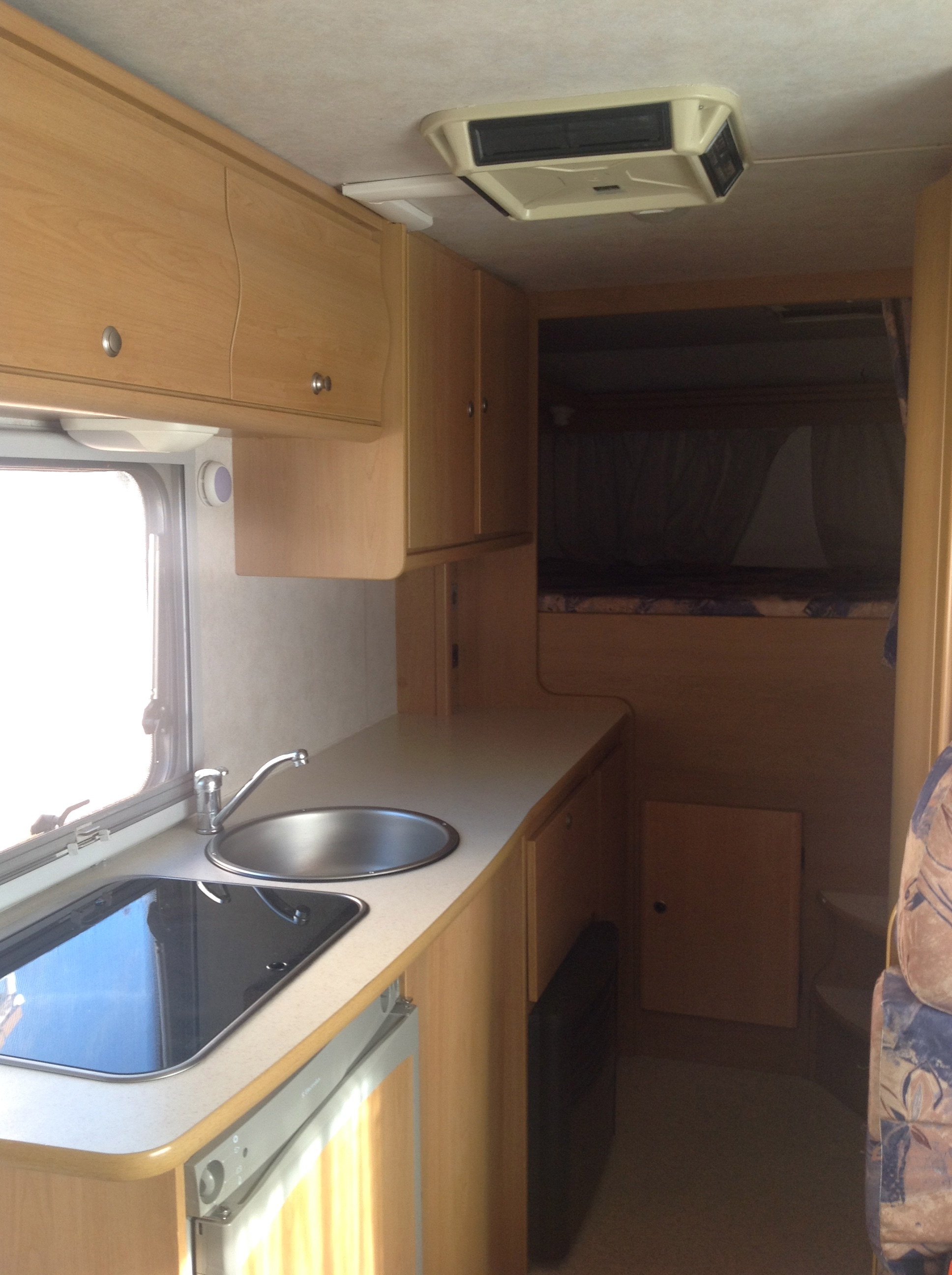 camping-car RIMOR EUROPEO NG 5 COIN CUISINE