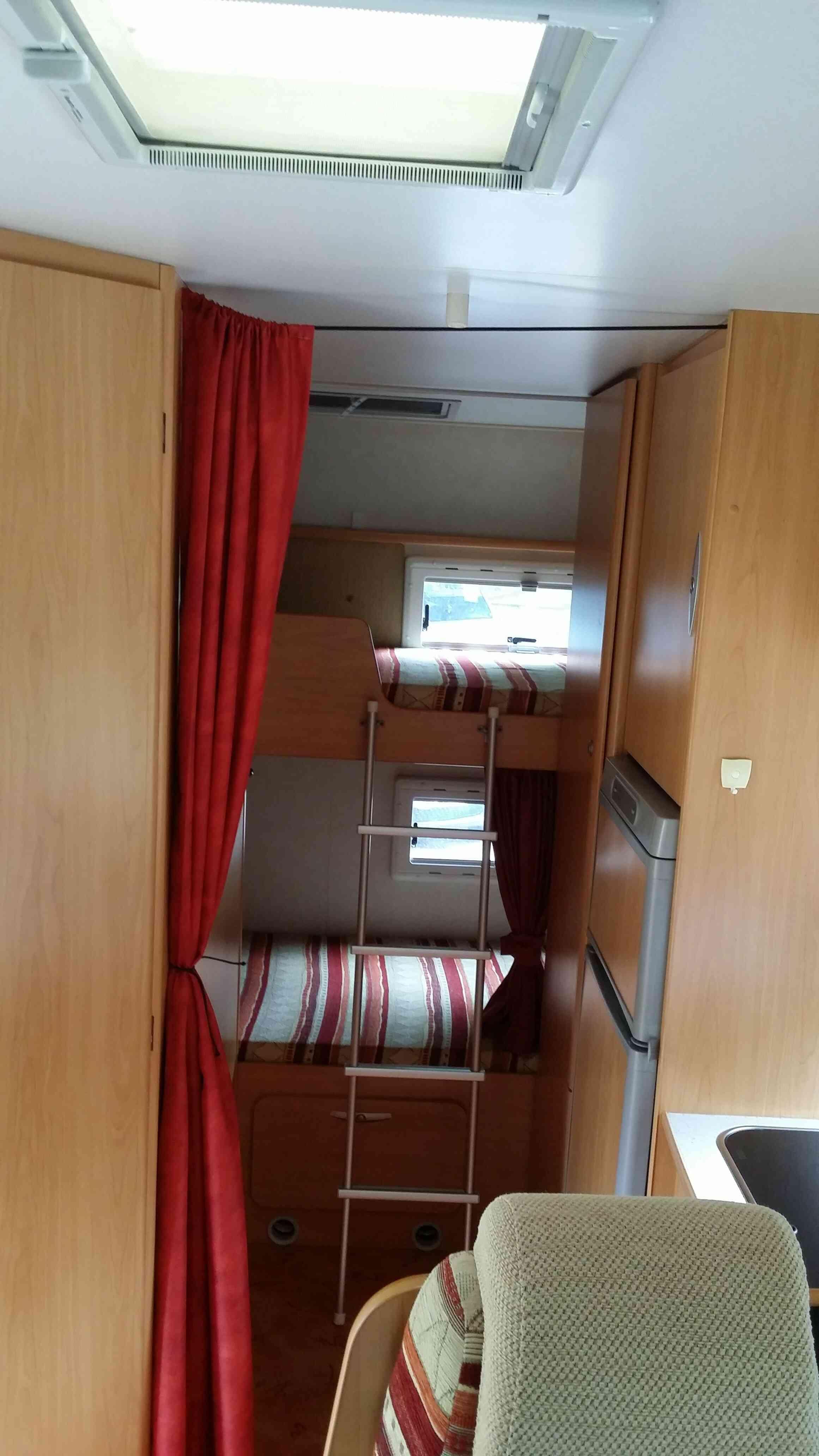 camping-car CHAUSSON WELCOME   intérieur / autre couchage