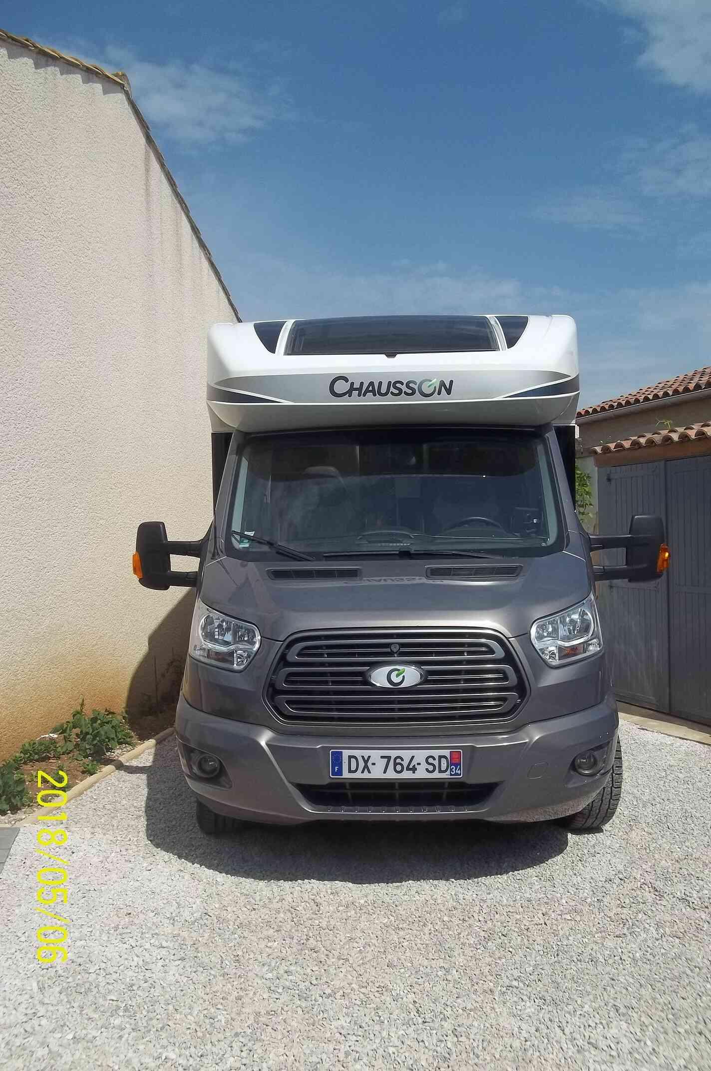 camping-car CHAUSSON WELCOME 628 EB   extérieur / latéral gauche