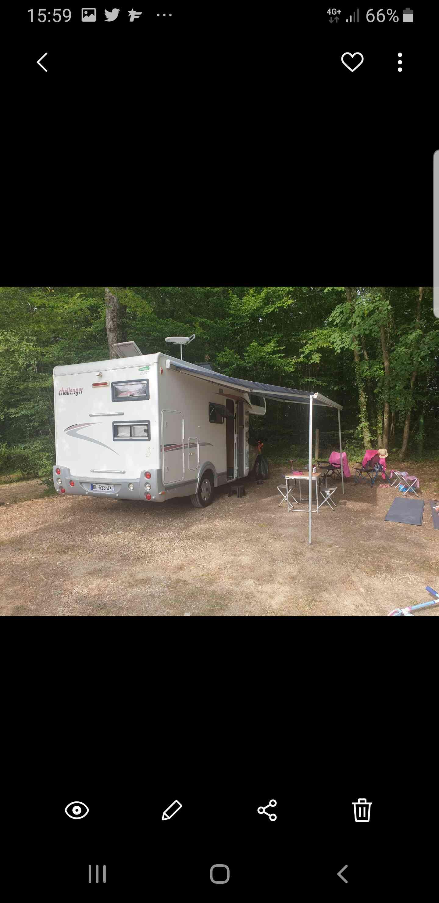 camping-car CHALLENGER 43 GF  intérieur / coin salon