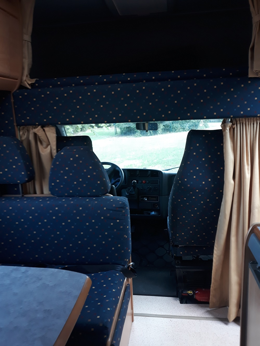 camping-car HYMER Camp 524  intérieur / soute
