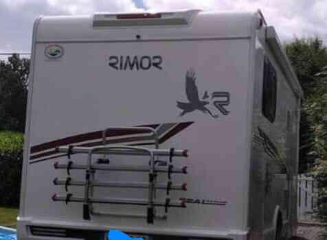 camping-car RIMOR SEAL 95 P PLUS  intérieur / coin salon