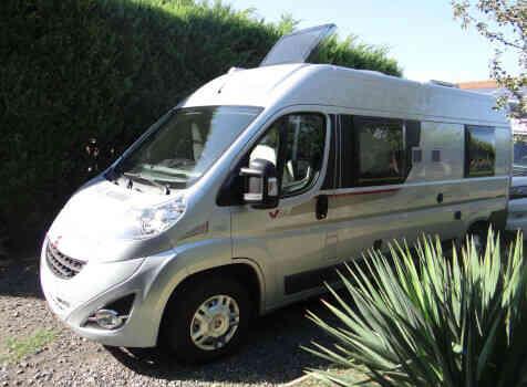 camping-car RAPIDO V 56  extérieur / latéral droit