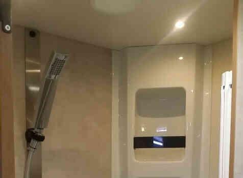 camping-car RIMOR SEAL 9  intérieur / soute