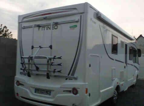camping-car ITINEO SB 740  intérieur / coin salon