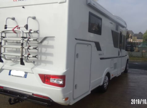 camping-car ADRIA MATRIX AXESS 670 SC  intérieur / coin salon