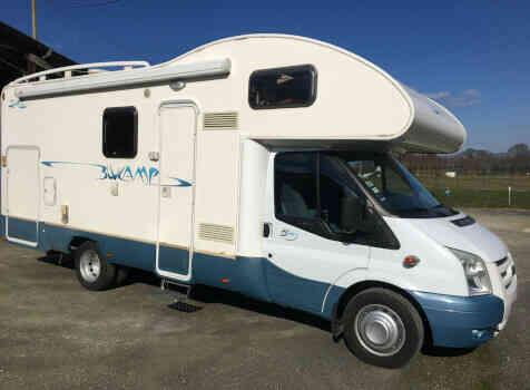 camping-car  RIMOR  extérieur /