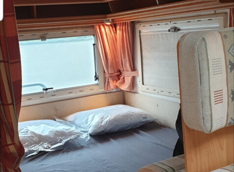 camping-car EURAMOBIL  intérieur / autre couchage