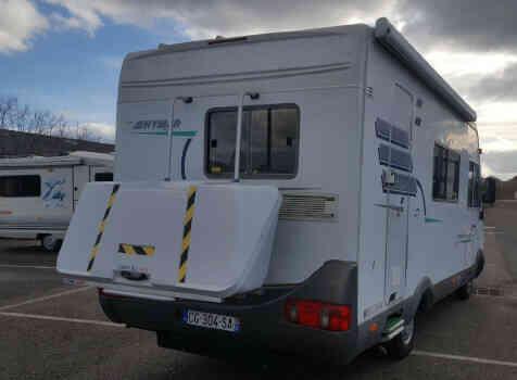camping-car HYMER  B 544