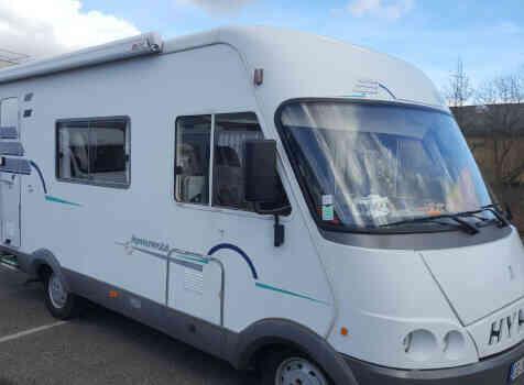 camping-car HYMER  B 544  extérieur /