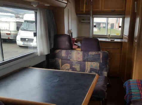 camping-car HYMER  B 544  intérieur
