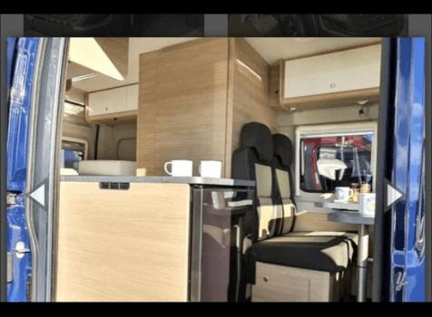 camping-car ROADCAR 540  intérieur / salle de bain  et wc