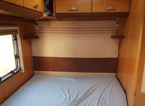 camping-car PILOTE REFERENCE  P 670 PREMIUM  intérieur / autre couchage