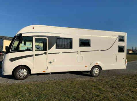 camping-car ITINEO  SB 740  extérieur / latéral droit