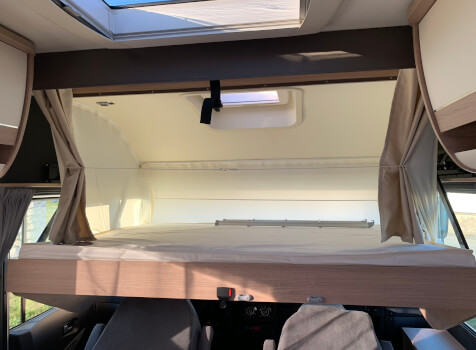 camping-car ITINEO  SB 740  intérieur