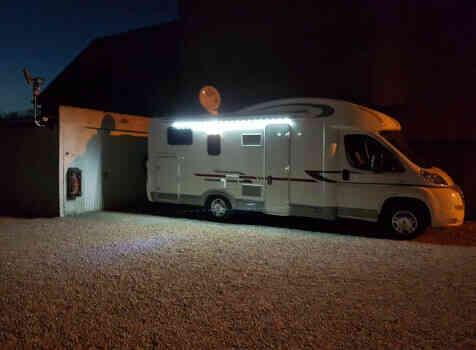 camping-car ADRIA MATRIX AXESS M 670 SC  extérieur