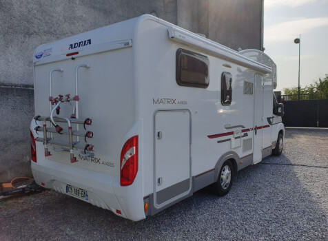 camping-car ADRIA MATRIX AXESS M 670 SC