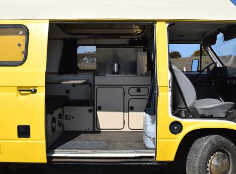 camping-car VW T3 WESTFALIA  intérieur / salle de bain  et wc