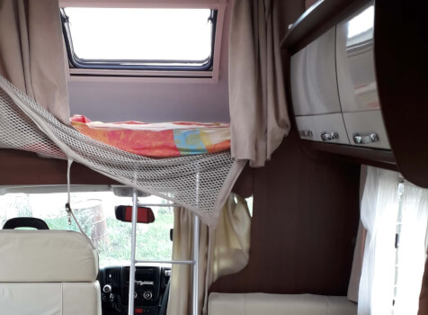 camping-car ROLLER TEAM AUTOROLLER  extérieur / arrière