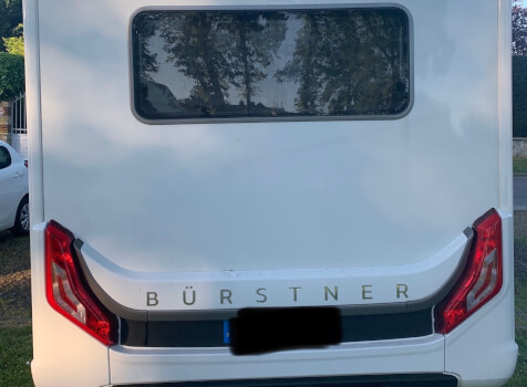 camping-car BURSTNER LYSEO CLASSIC TD 744  intérieur / coin salon