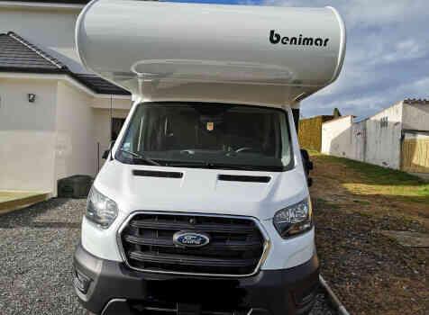camping-car BENIMAR 340 SPORT UP  extérieur / latéral gauche