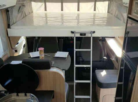camping-car SUNLIGHT  I 69 S  intérieur / autre couchage