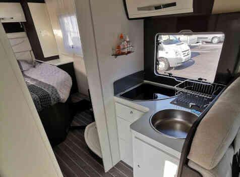 camping-car ROLLER TEAM KRONOS 265 TL  intérieur