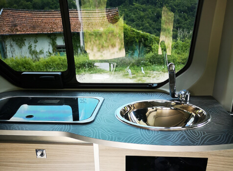 camping-car RENAULT TRAFIC GLENAN   intérieur