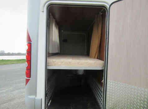 camping-car MC LOUIS TANDY  extérieur / arrière