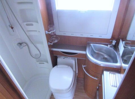 camping-car MC LOUIS TANDY  intérieur